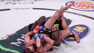 Johnson shocks Ruth with heel hook submission