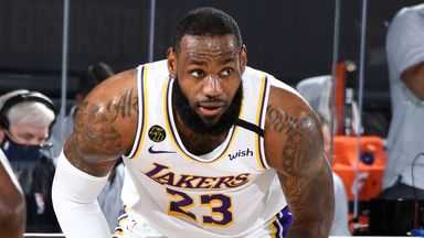 LeBron records triple-double in Lakers loss
