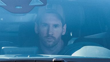 Messi arrives for Barca training