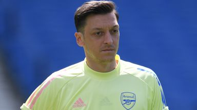 'Ozil's high wages makes exit difficult'