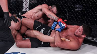 Gracie defeats Fitch with heel hook submission