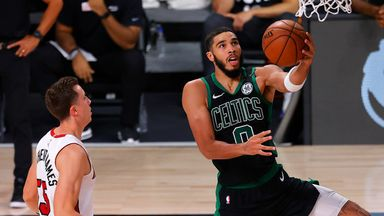Smart grabs steal,  finds Tatum for 'And 1'