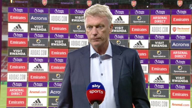 West Ham manager David Moyes says his side didn't deserve to lose against Arsenal after his players had 'done an unbelievable job' in getting back in the game after going behind in their 2-1 defeat in the Premier League