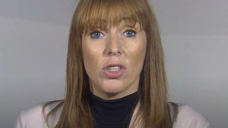 Angela Rayner dit que le gouvernement doit agir rapidement s'il veut éviter le verrouillage national