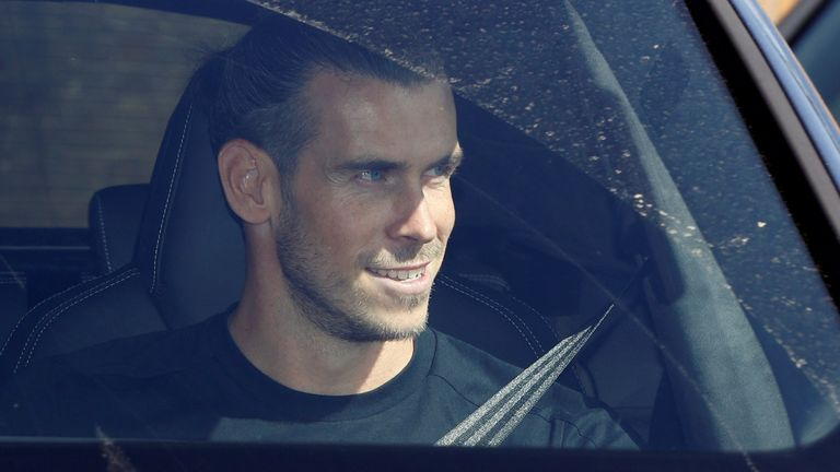 Soccer Football - Gareth Bale arrives in London - Tottenham Hotspur Training Centre, London, Britain - September 18, 2020 Gareth Bale arrives at the Tottenham Hotspur Training Centre Action Images via Reuters/John Sibley