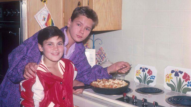 Joaquin and River Phoenix as children