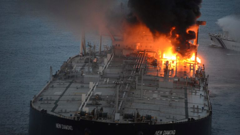 The New Diamond, a very large crude carrier (VLCC) chartered by Indian Oil Corp (IOC), that was carrying the equivalent of about 2 million barrels of oil, is seen after a fire broke out off east coast of Sri Lanka September 4, 2020. Sri Lankan Airforce media/Handout via REUTERS ATTENTION EDITORS - THIS IMAGE WAS PROVIDED BY A THIRD PARTY. NO RESALES. NO ARCHIVES.