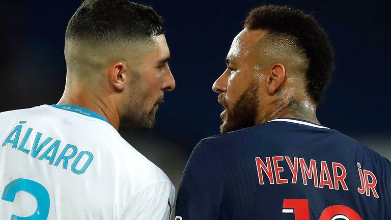 Neymar clashes with Marseille's Alvaro Gonzalez