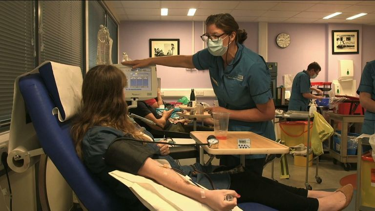 plasma donation NHS appeals for plasma donors to fight COVID