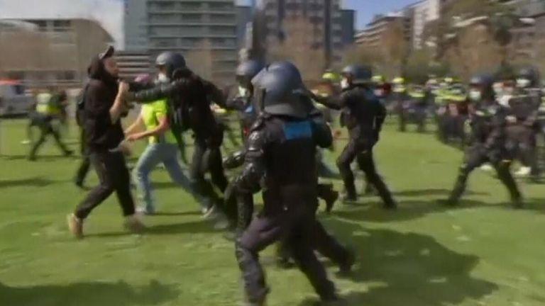 Police, Aus