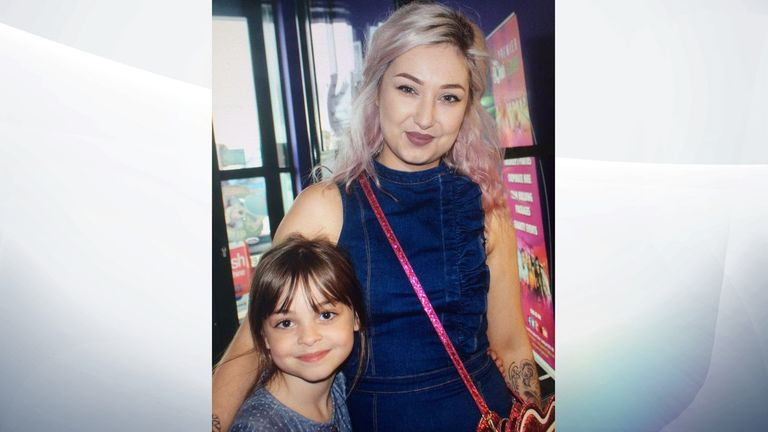 Saffie-Rose Roussos and her sister Ashlee Bromwich (R)