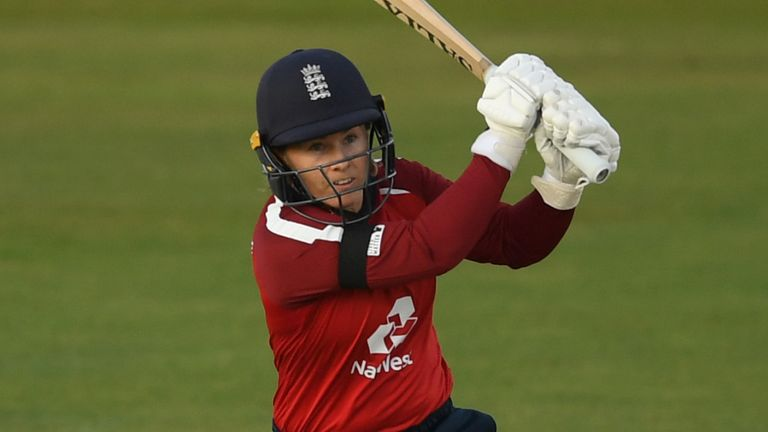 Tammy Beaumont, England