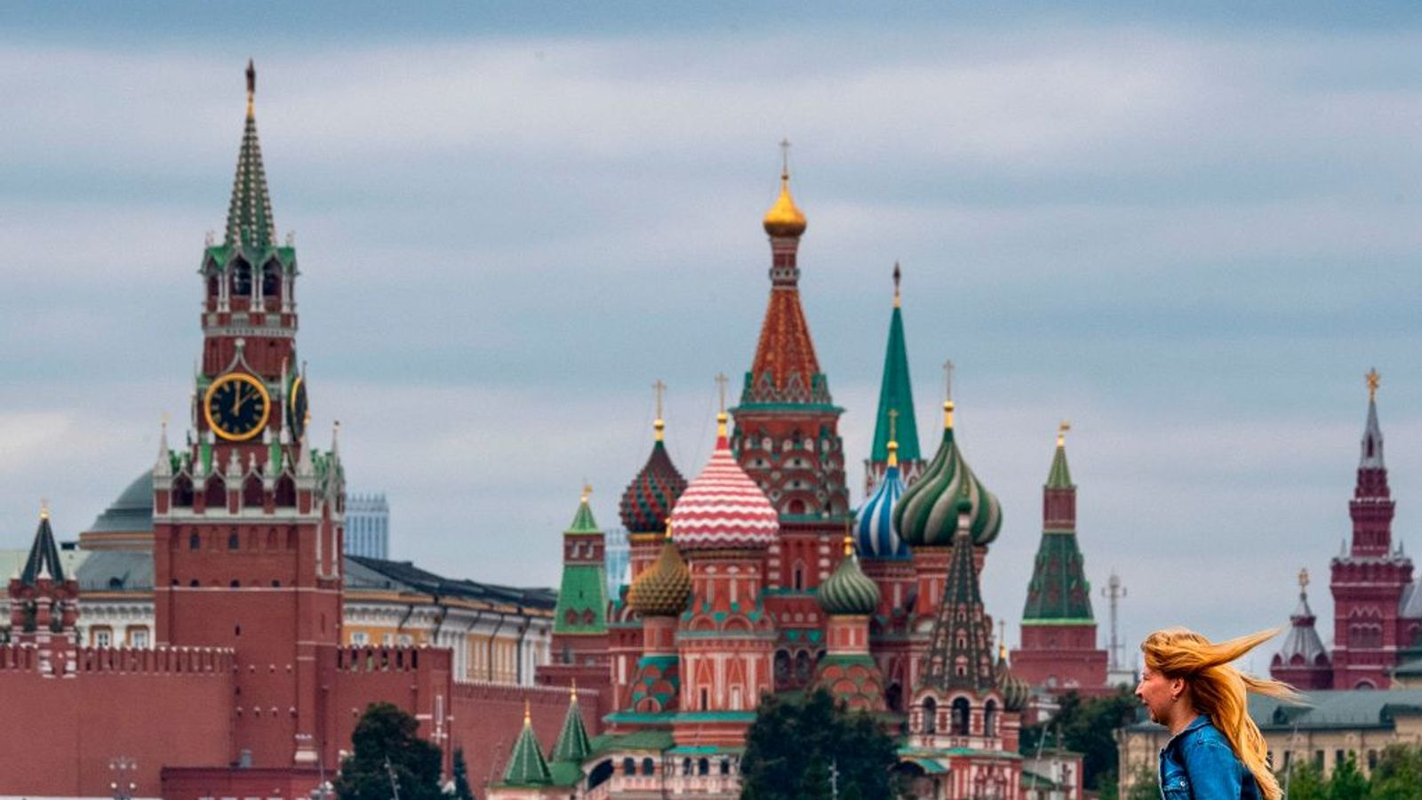 Russia bars 25 Britons from entering country in retaliation for sanctions