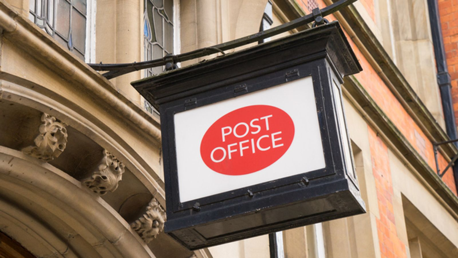 Surprise package Shell eyes Post Office broadband deal - EpicNews