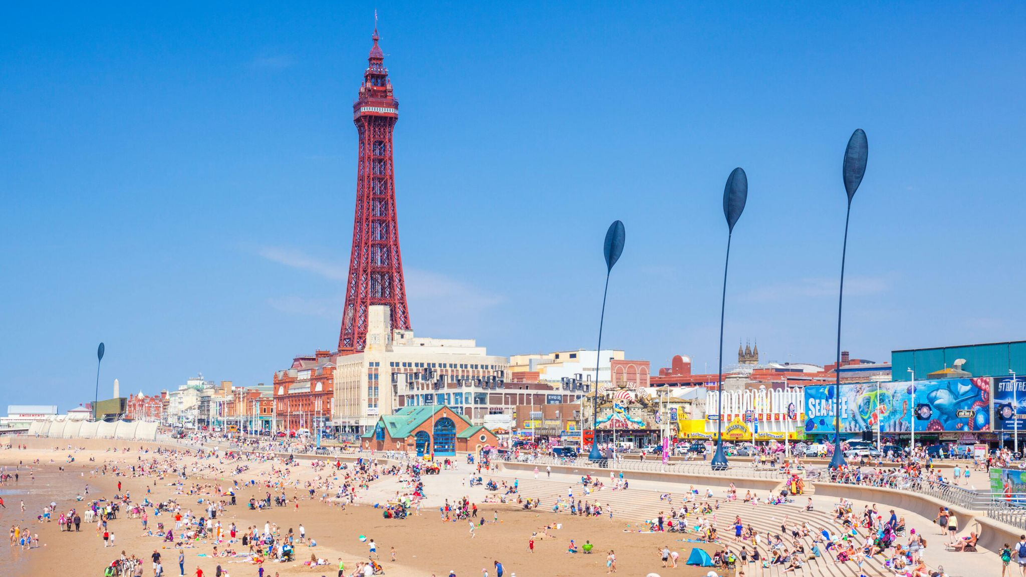 Coronavirus: Sturgeon warns over Blackpool trips after at least 180  Scottish cases linked to town | UK News | Sky News