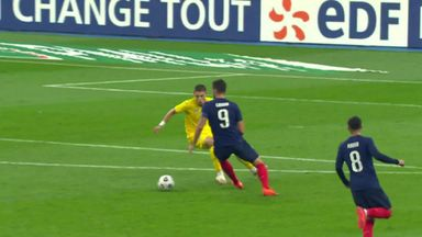 Giroud scores a belter on his 100th cap