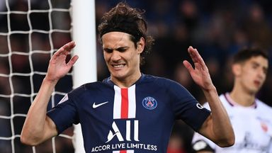 'Cavani a gamble, wrong to sell Smalling'