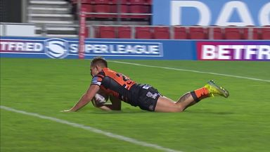 Eden scores slick break-away try