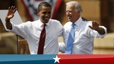 US Democratic presidential candidate Senator Barack Obama (D-IL) waves with his vice presidential running mate Senator Joe Biden (D-DE) at the Old State Capitol in Springfield, Illinois, August 23, 2008. REUTERS/John Gress (UNITED STATES) US PRESIDENTIAL ELECTION CAMPAIGN 2008 (USA)