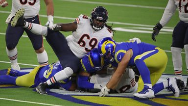 Rams' defense dominates Bears