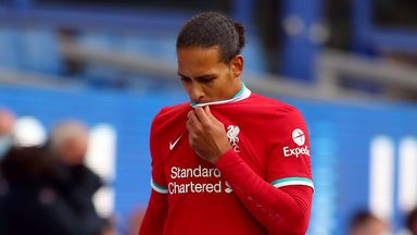 Carra: Van Dijk injury opens up title race