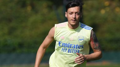 Wenger: Ozil omission not based on sport