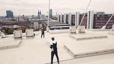 Murray, Zverev play stadium rooftop tennis