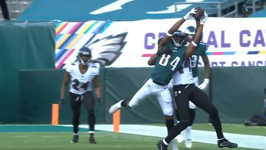 Ward with spectacular catch for Eagles