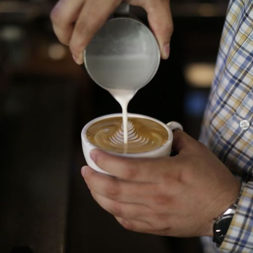 Drinking coffee 'could help weight loss', experts claim