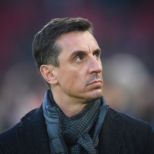 Gary Neville joins calls for overhaul of English football to save struggling clubs