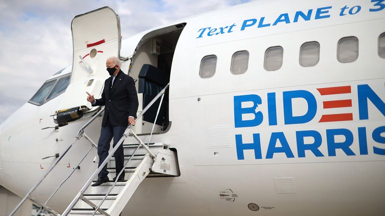 GRAND RAPIDS, MICHIGAN - OCTOBER 02: Democratic presidential nominee Joe Biden steps off his airplane after arriving October 02, 2020 in Grand Rapids, Michigan. Biden tested negative for the coronavirus this morning after getting the news that U.S. President Donald Trump and first lady Melania Trump tested positive for COVID-19.  (Photo by Chip Somodevilla/Getty Images)