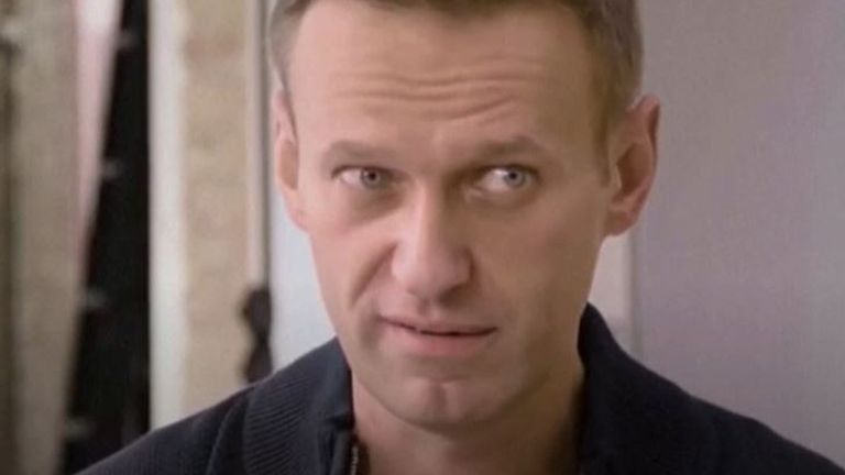Alexei Navalny says he's learning to juggle as part of his recovery