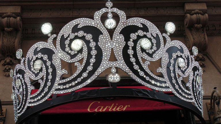 Cartier Tiara outside the Cartier Mansion during Cartier 25th Anniversary of the Beloved Holiday Bow Celebration at Cartier Mansion Fifth Avenue in New York City, New York, United States. (Photo by Dimitrios Kambouris/WireImage for Cartier North America)