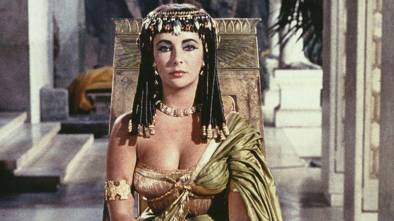 Elizabeth Taylor in Cleopatra. Pic: 20th Century Fox