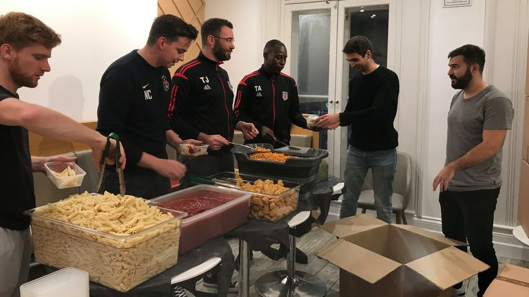 Players from Barnet Sunday League help make lunchboxes