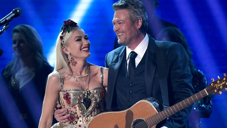 (L-R) Gwen Stefani and Blake Shelton perform onstage during the 62nd Annual GRAMMY Awards at Staples Center on January 26, 2020 in Los Angeles, California