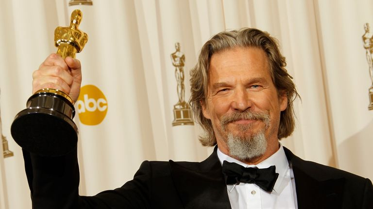 Bridges with his Best Actor Oscar for Crazy Heart
