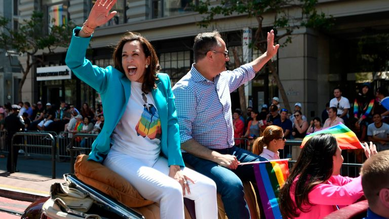 Kamala Harris waves to the crowd during the San Francisco gay pride in 2018