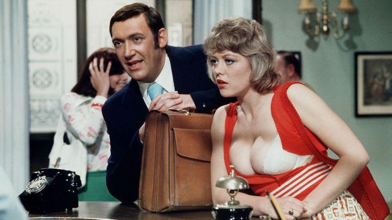 'Carry on Girls'  Bernard Bresslaw and Margaret Nolan (Dawn Brakes). Pic: ITV/Shutterstock