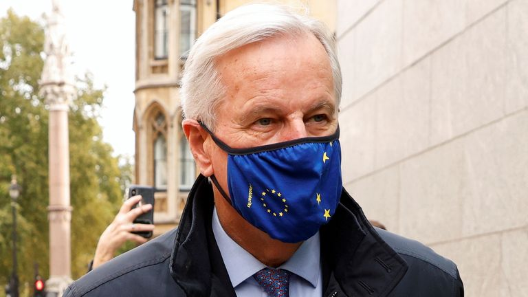 European Union's Brexit negotiator Michel Barnier wears a protective face mask as he arrives at 1VS conference centre ahead of Brexit negotiations in London, Britain October 23, 2020. REUTERS/John Sibley