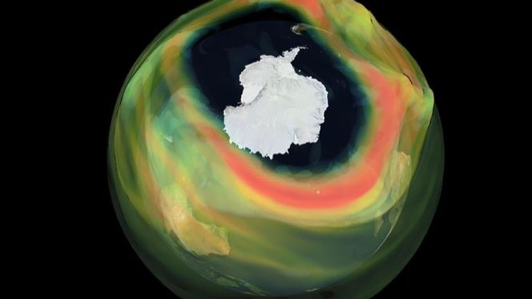 Ozone hole Antarctica Pic: Copernicus Atmosphere Monitoring Service, ECMWF.