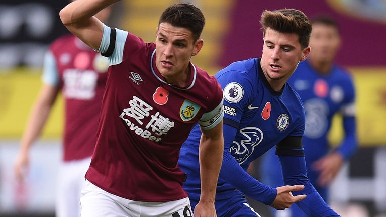 Action from Burnley vs Chelsea in the Premier League