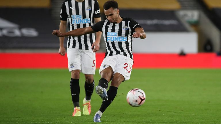 Jacob Murphy's free-kick earned Newcastle a draw at Wolves