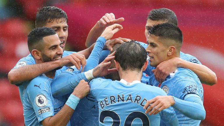 Manchester City celebrate after Kyle Walker puts them ahead at Sheffield United