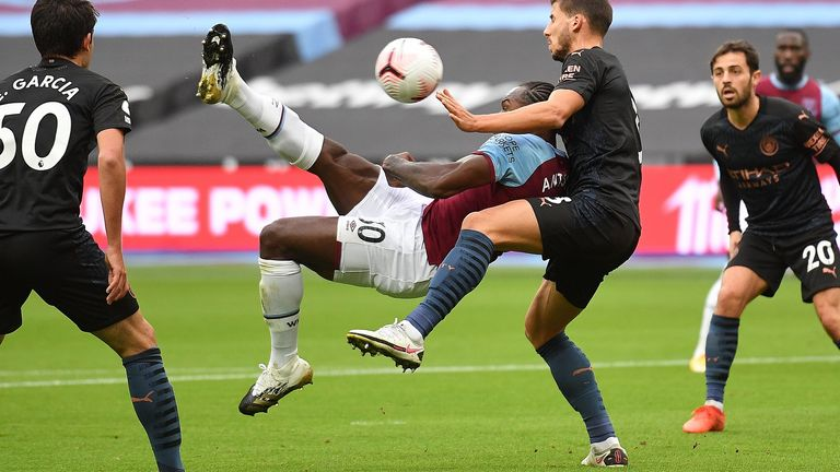 Michail Antonio scores for West Ham with an overhead kick