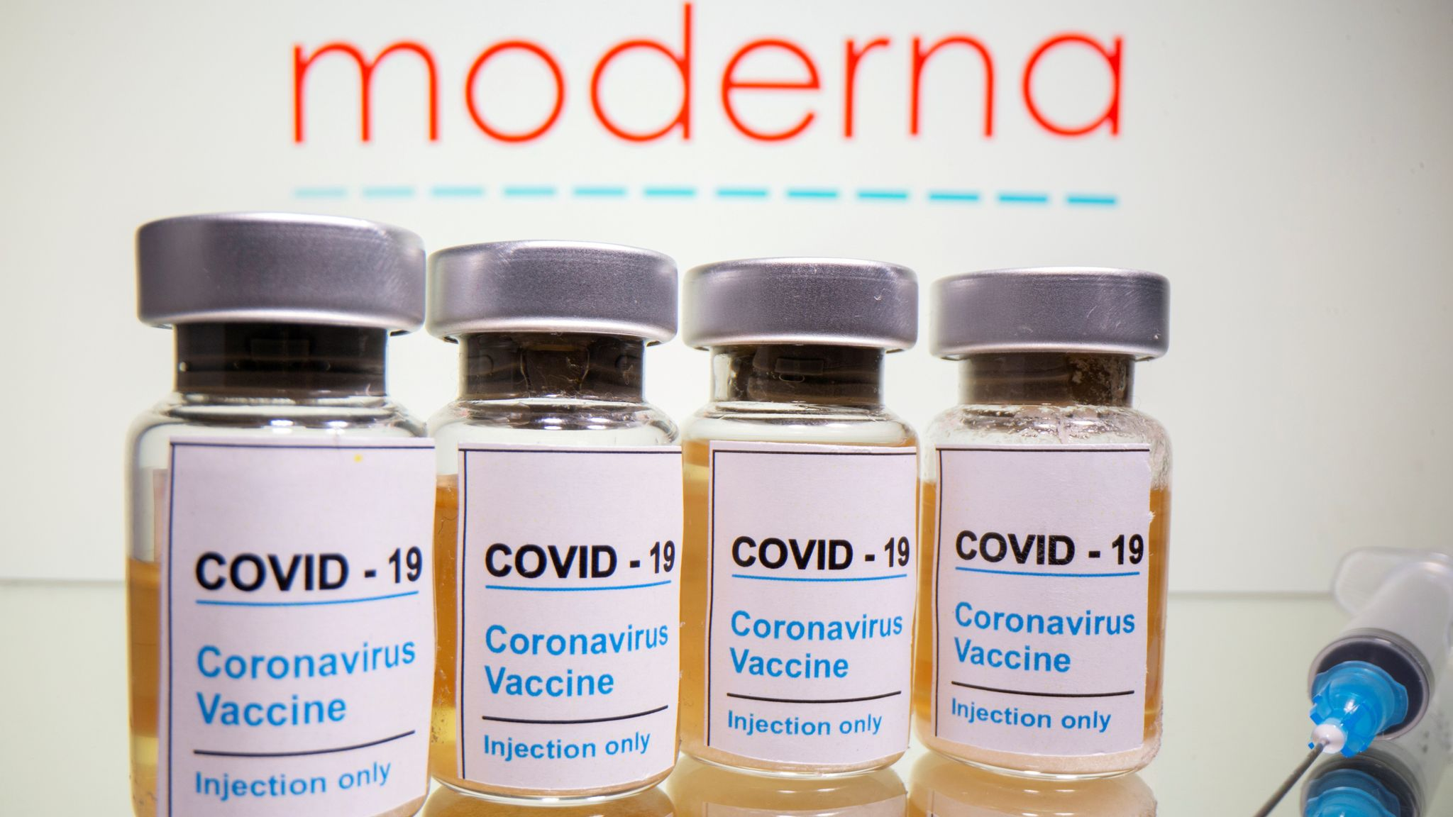 Covid 19 Uk Government Hopes To Ensure Access To Moderna Vaccine By Spring Next Year World News Sky News