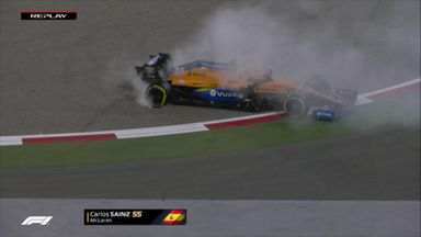 Red Flag: Sainz locks up