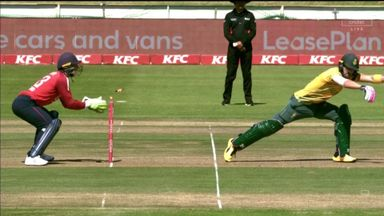 Faf stumped by a Rashid beauty!