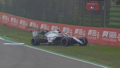 Russell crashes behind the Safety Car