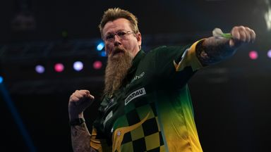 MVG misses eight match darts as Whitlock wins